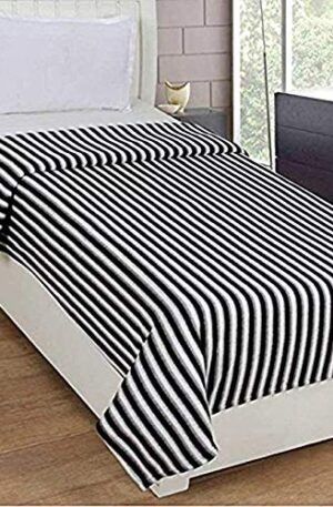 SHIV GORI TRADING PANIPAT – Checked design blanket in black & white