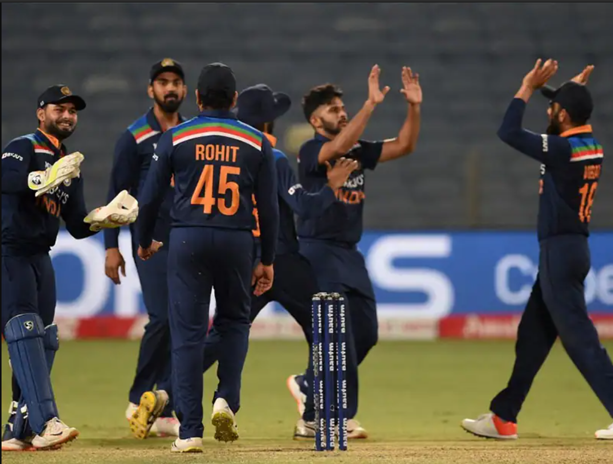 India won the series decider match against englend , and won the series by 2-1